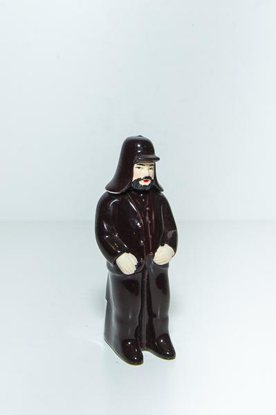 Miniatura Figura Homem do Capote